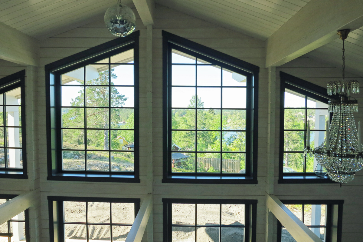 Large windows in a log cabin